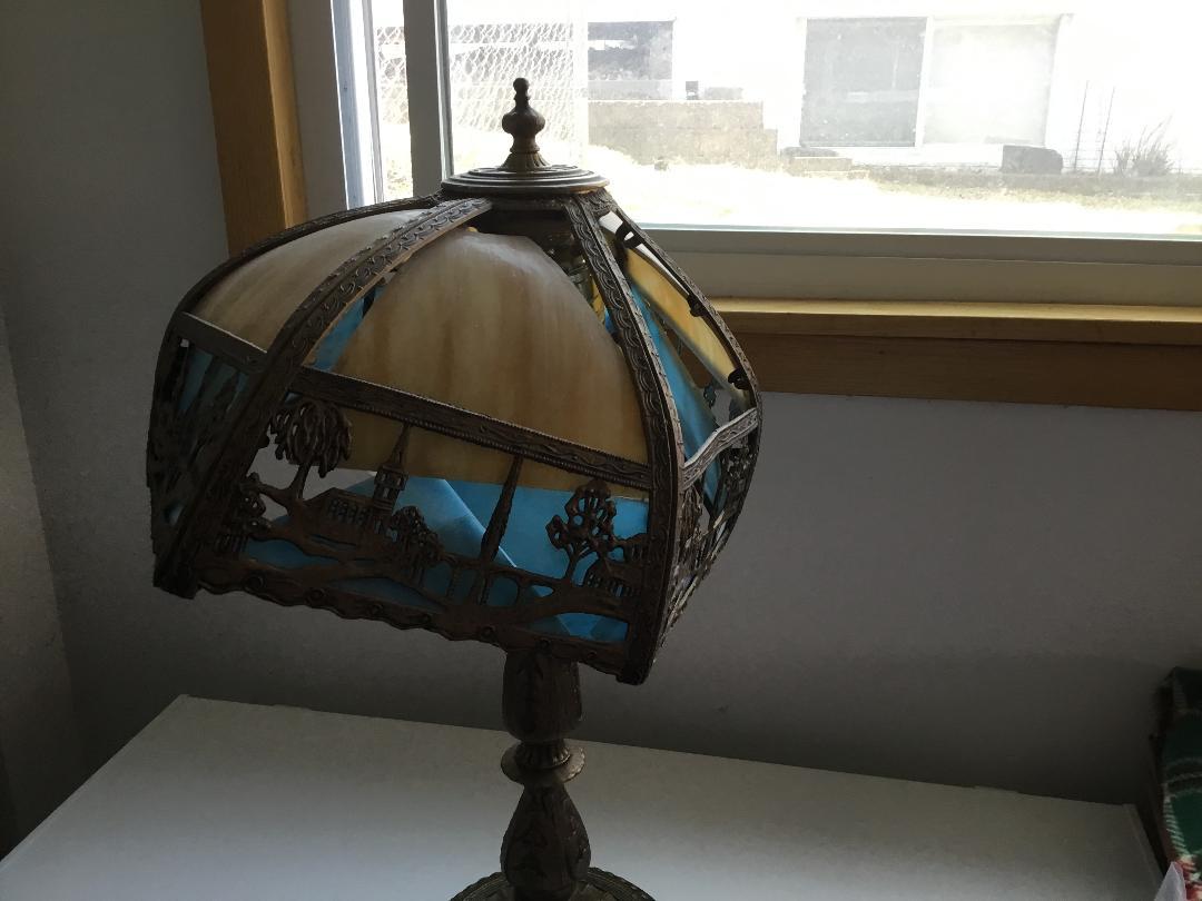 Lamp Repairs Toronto
